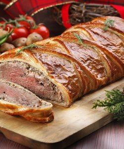 BEEF WELLINGTON 500GM - FROZEN