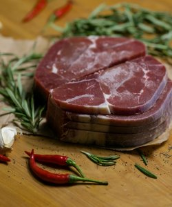 FROZEN BEEF SHIN SLICED 1CM  500GM/PKT